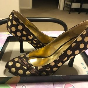 🔶💛Chinese Laundry 🔶💛Brown & Gold Polka Dots
